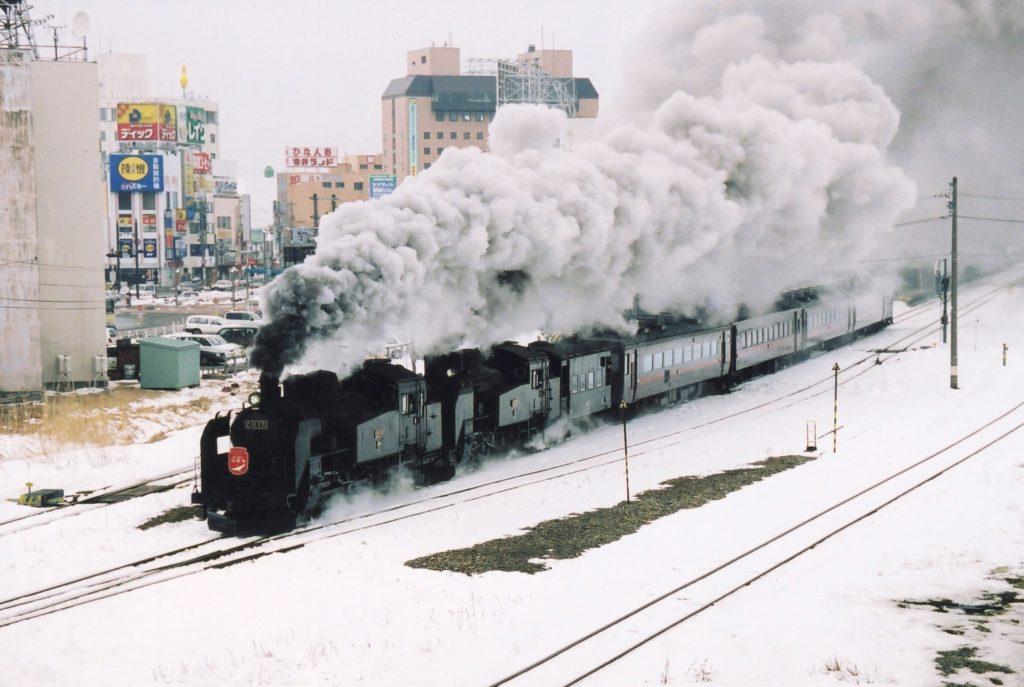 釧路駅重連発車
