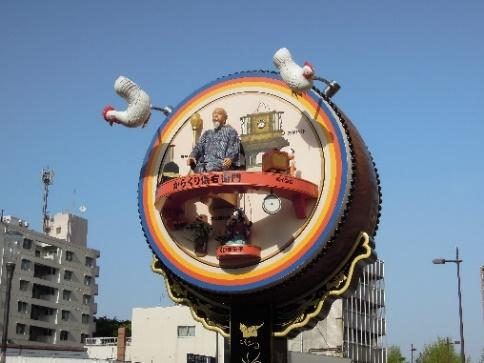 13年4月JR久留米駅前のからくり時計