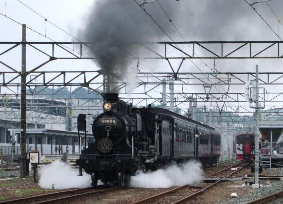 2009年9月熊本駅を発車するSL人吉号
